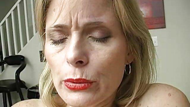 Heiße vollbusige tschechische MILF Sharon Pink kurze pornovideos
