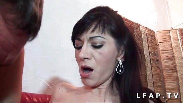 Tanja James kurz porno Solo