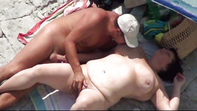 Cool kurze deutsche pornos am Pool