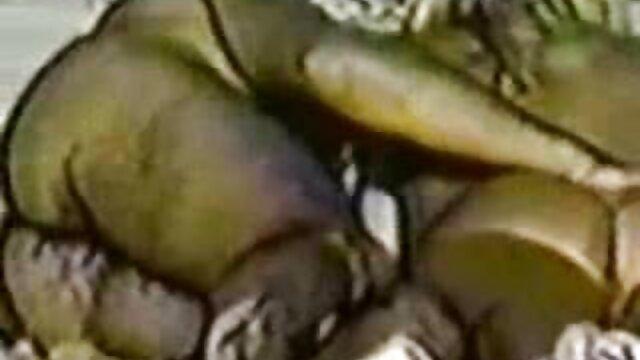 Big Tittied reifen kurz haar porn Blowbang