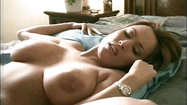 Hardon kurze sexvideos Hand geben