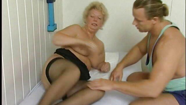 Amateur Arsch von kurze deutsche pornos großen Schwanz gefickt