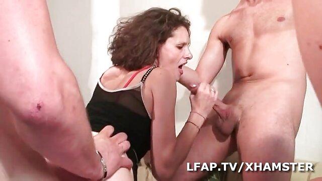Er kurze handy pornos mag ihren frischen Muschisaft