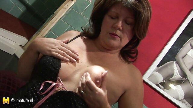 Amateur Rotschopf filmt mit ihrem Freund kurz haar porno