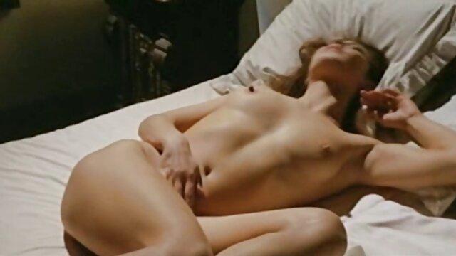 Masturbationsvideo kurze hosen porno