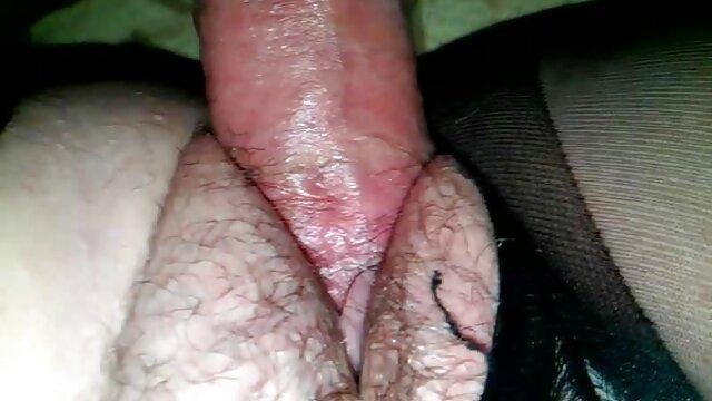 Aus lesbischem Catfight kurz porno gratis wird Sex!