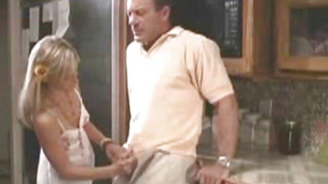 Dessous-Verkäuferin verführt porno kurz Kunden Woodman369